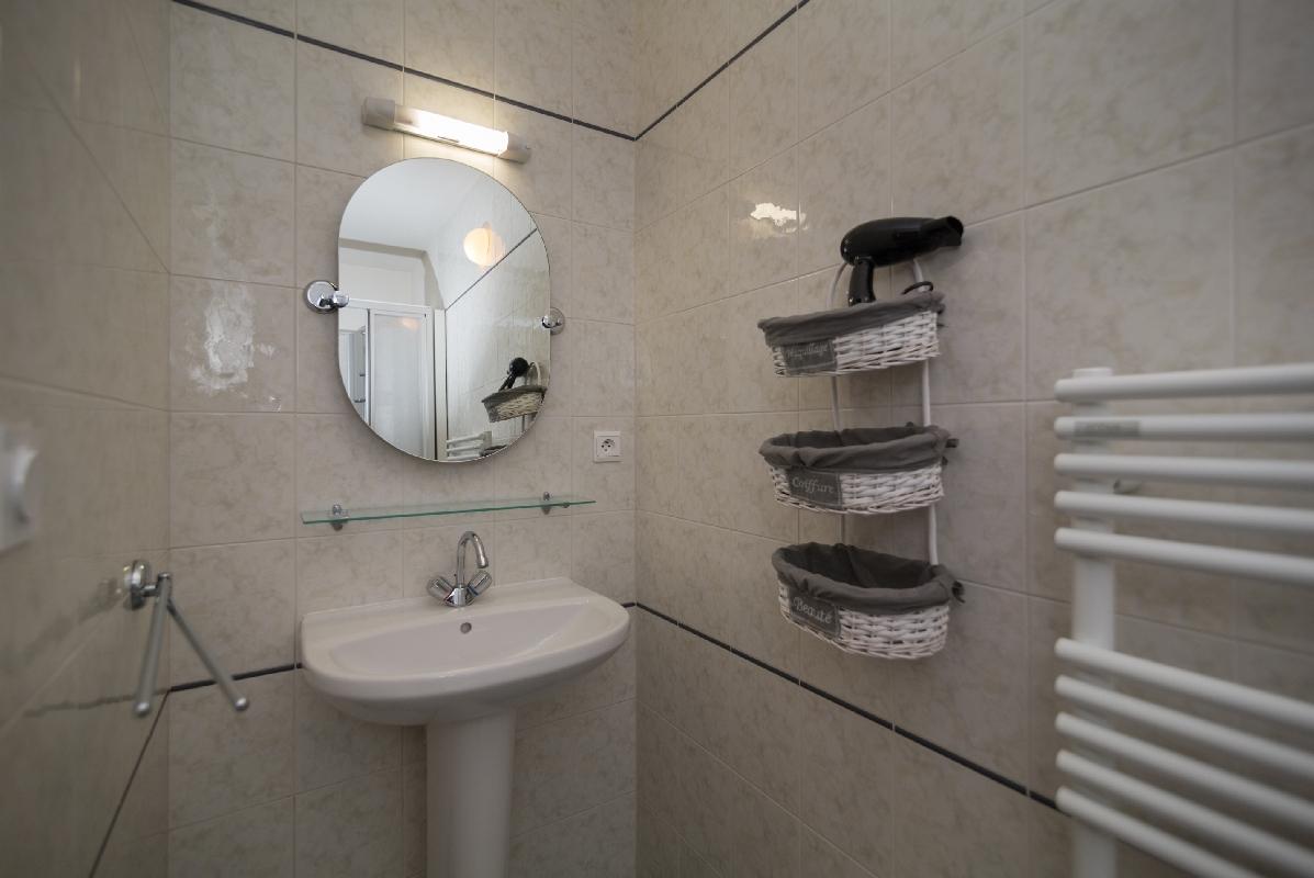 img Salle de bain chambre 3